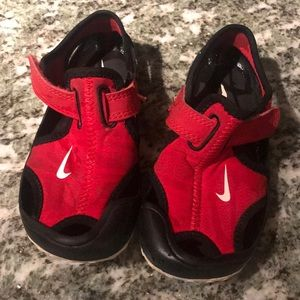 Nike water shoes